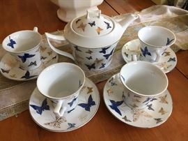 Teavana tea set.