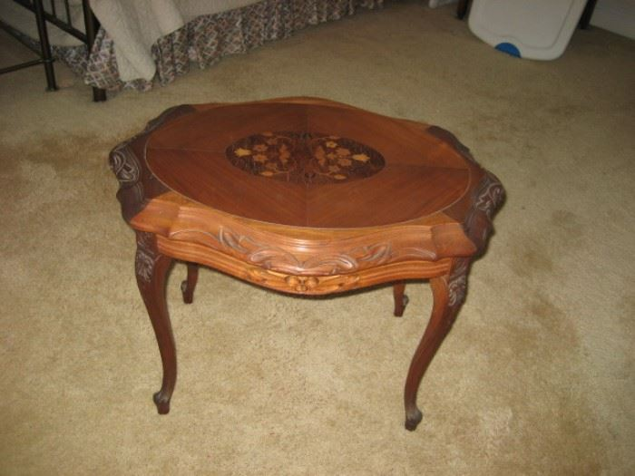 Inlaid Oval Table