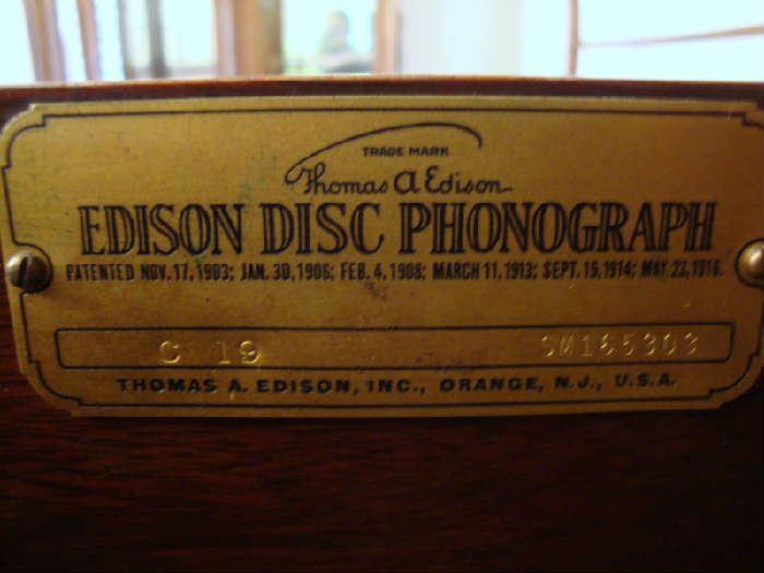 label on Victrola Edison Disc Phonograph