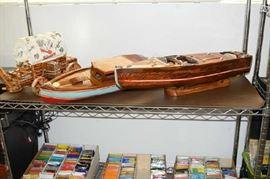Criss Craft Model Boat,Wood Boat, Chuck Wagon Light