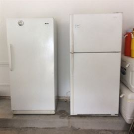 Nice clean freezer and refridgerator