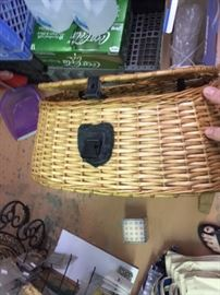 Vintage style fly fishing basket