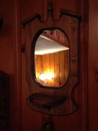 Colonial wall mirror