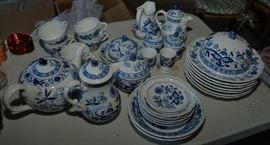 Hutschenreuther blue onion dinnerware Germany