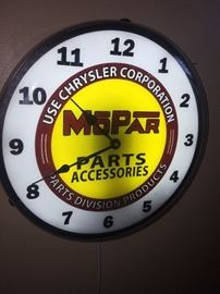 MOPAR LIGHTED CLOCK