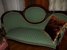 gorgeous Victorian parlor settee