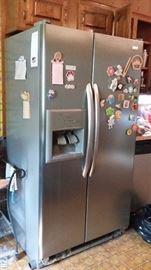 Side by side fridge - Kenmore