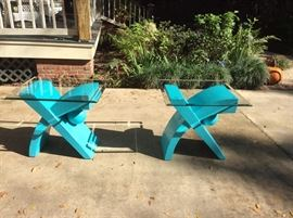 Fun pair of glass topped end tables. Work for in or outside.