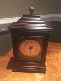 Sold-----LOT # 334 Clock $15