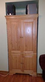 Armoir tv cabinet, stereo, tv