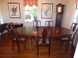 Queen Anne style Dining table with 2 arm chairs & 4 side chairs, Western Germany Grandfather Clock