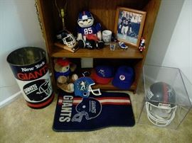 New York Giants assorted items