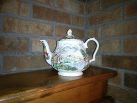 Sadler England Windsor Teapot with landscape