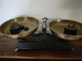 Lovely old scale with weights