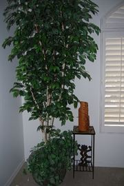 LARGE SILK TREE, DECORATIVE METAL PCS, STAND