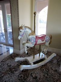 Full size carousel horse in excellent condition.