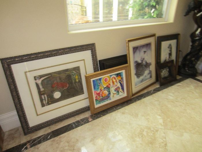 Many pieces of fine art by Dali, Chagall, Steynovitz