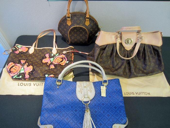 Nice selection of Louis Vuitton purses