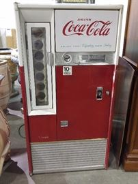 Mid century Coke machine
