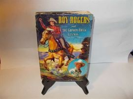 Roy Rogers & the Gopher Creek Gunman - with colorful Book Jacket  - published in 1945 - WOW - great item for Roy Rogers collectors/Western collectors!!!!!!
