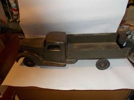 """VINTAGE Metal """"Buddy L"""" Army Truck - GREAT collectible!!!!!!"""