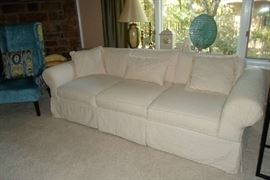 great, clean sofa