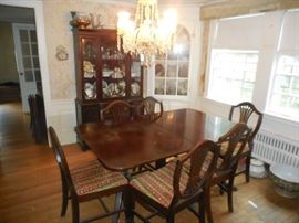 Buffet, China Cabinet, 6 Chairs and Table