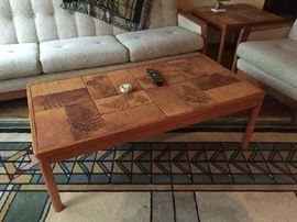 Oak and Tile coffee Table with matching side table, Amazing craftsmanship. Great room rug