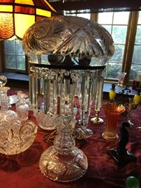 1915 Etched Diamond Cut glass lamp with beautiful crystals