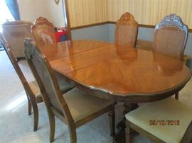 Bernhardt dining room table and chairs