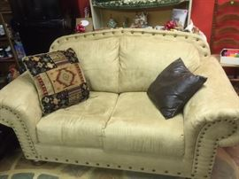 Butter suede Love Seat with Nail decor