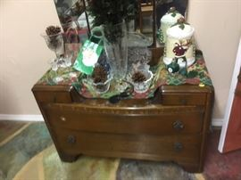 Antique Dressing/Vanity