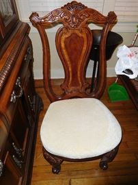 One of 6 dining chairs from Haverty's... There is a table to match.