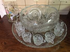 American pressed glass punch bowl, cups, platter, and ladle – slewed Horseshoe  pattern