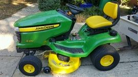 Mower John Deere Series 300 with only 56 hours  Like NEW