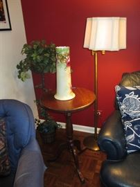 chippendale accent table