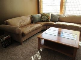 leather sectional / sq coffee table
