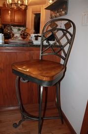 Sturdy and very nice bar stool
