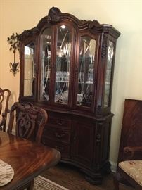 ART China Cabinet with Touch Lights