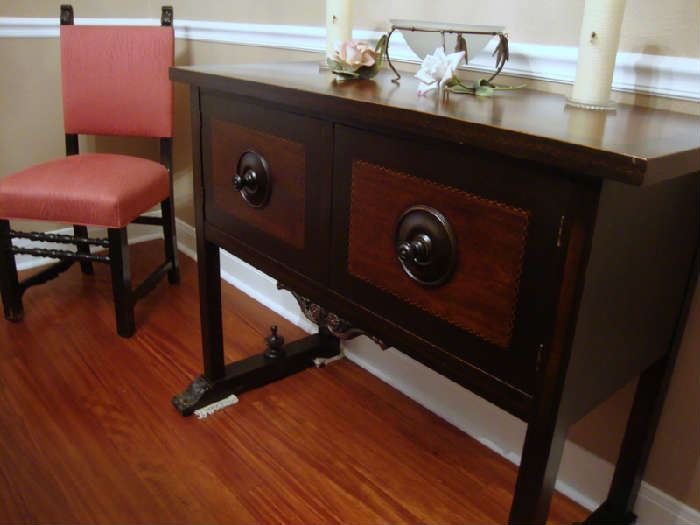 Server of Dining Room Set