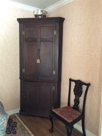Walnut Corner Cupboard - One Piece    Early 19th Century  - Just Fabulous