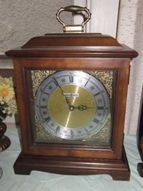 Howard Miller mantle chime clock