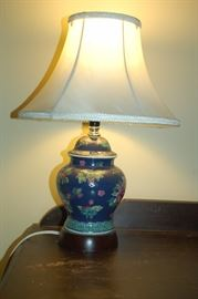 Cloisonne table lamp