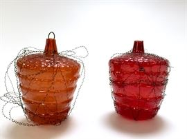 Lot of 2 Antique Victorian Dresden Christmas Ornaments. Hand crafted in beautiful red and orange wrapped in traditional wire and shaped like a berry/acorn barrel oh who knows what? 2 inches tall. Estimated value $75