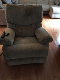 Brand new matching pair of La-z-Boy Recliners