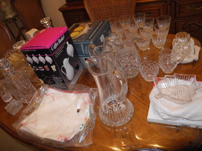 Much crystal and glassware