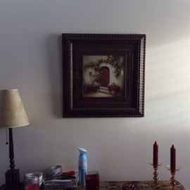 ONE OF MANY DECORE ITEMS