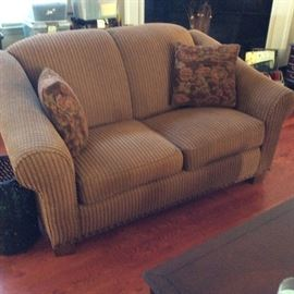 PERFECT LOVE SEAT AND HAS MATCHING SOFA