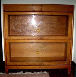 Gunn Bookcase