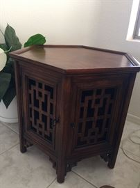Octagon wooden table